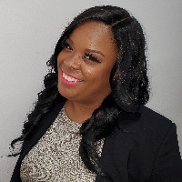 Ericka Ferrias - Online Therapist with 10 years of experience