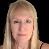 Deborah  Hewitt  - Online Therapist with 22 years of experience