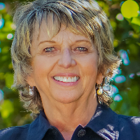 Denise Champagne - Online Therapist with 10 years of experience