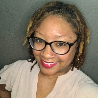 Leslie Davis - Online Therapist with 5 years of experience