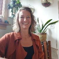 Kim Knoeller - Online Therapist with 14 years of experience