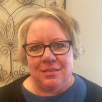 Kim Putz - Online Therapist with 9 years of experience