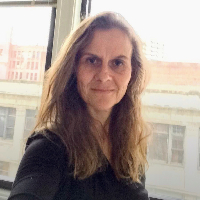 Dominique Decoster - Online Therapist with 17 years of experience