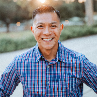 Chester Reyes - Online Therapist with 12 years of experience