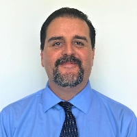 Rodolfo Gomez - Online Therapist with 8 years of experience