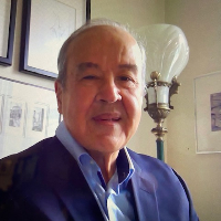 Dr. Domingo  Luiggi - Online Therapist with 45 years of experience