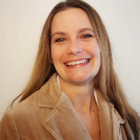 Shannon Pena - Online Therapist with 7 years of experience