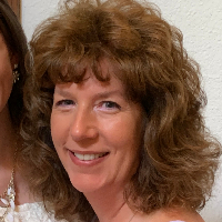Christine Genovese has 6 years of experience