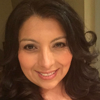 Yvette De Los Santos - Online Therapist with 5 years of experience
