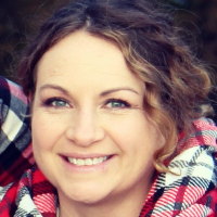 Emily Thoenen - Online Therapist with 3 years of experience