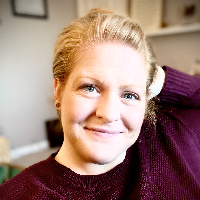 Anna Johnson  - Online Therapist with 4 years of experience