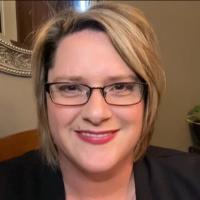 Holly Nemec - Online Therapist with 20 years of experience