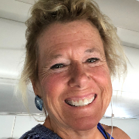 Jane Williams - Online Therapist with 35 years of experience