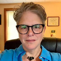 Luisa  DeLuca  - Online Therapist with 28 years of experience