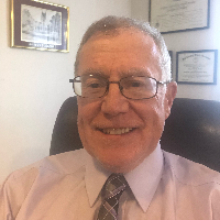 Eugene Farrell - Online Therapist with 20 years of experience
