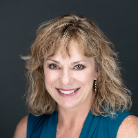 Christina Haxton - Online Therapist with 20 years of experience