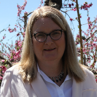 Julie Mitton - Online Therapist with 10 years of experience