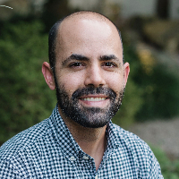Carlos Bello - Online Therapist with 5 years of experience