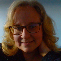 Darcey  Locke - Online Therapist with 12 years of experience