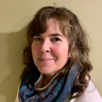 Elisabeth Steiner-Smith - Online Therapist with 25 years of experience