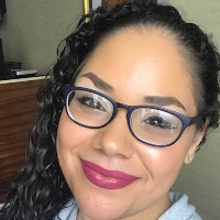 Regina Hernandez - Online Therapist with 8 years of experience