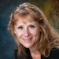 Lorine Bay - Online Therapist with 3 years of experience