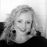 Janie  Waddell - Online Therapist with 8 years of experience