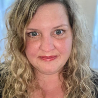 Tamara Grimm - Online Therapist with 15 years of experience
