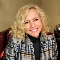Kim Kabar - Online Therapist with 3 years of experience
