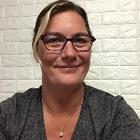 Sara Veldhuizen  - Online Therapist with 9 years of experience