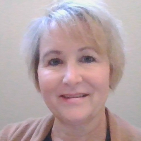 Donna Cussigh - Online Therapist with 20 years of experience