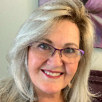 Dr. Sandra Smith - Online Therapist with 19 years of experience