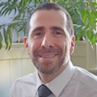 Mark Stoll - Online Therapist with 15 years of experience