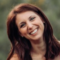Dr. Rebecca Parrish - Online Therapist with 10 years of experience