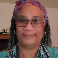 Dr. Gwendolyn  Drake - Online Therapist with 16 years of experience