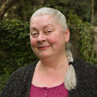 Pamela Peringer - Online Therapist with 5 years of experience