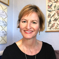 Karen Kochenburg - Online Therapist with 25 years of experience