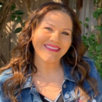 Georgina Cortez - Online Therapist with 10 years of experience