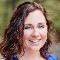 Abby  Duran - Online Therapist with 12 years of experience
