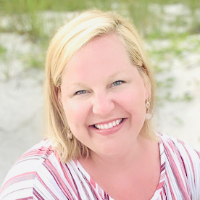 Mary Martin - Online Therapist with 7 years of experience