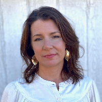 Nicole Linder - Online Therapist with 5 years of experience