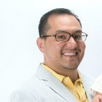 Hector Chavez - Online Therapist with 20 years of experience