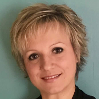 Dragana (Dee)  Hrvat - Online Therapist with 13 years of experience