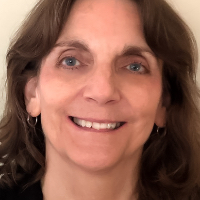Gigi Muir - Online Therapist with 25 years of experience