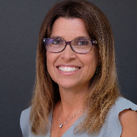 Jackie Holmes - Online Therapist with 10 years of experience