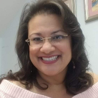 This is Estela Guardo's avatar and link to their profile