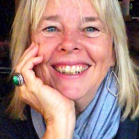 Elaine McFerron - Online Therapist with 40 years of experience