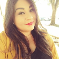 This is Lina Lara's avatar and link to their profile