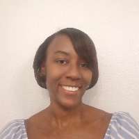 Aina  Greene - Online Therapist with 15 years of experience