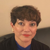 Urania Acevedo - Online Therapist with 15 years of experience
